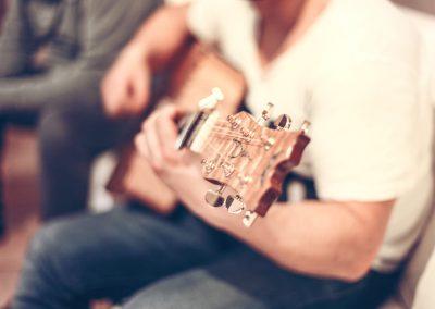 guitar-407114