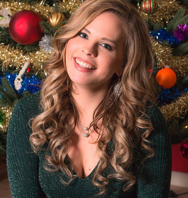 Live Music: Holly's Jolly Christmas Concert